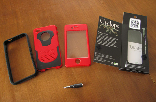 cyclops3 Hands-on: Trident iPhone 4 Cyclops + iPad Kraken Cases Reviewed