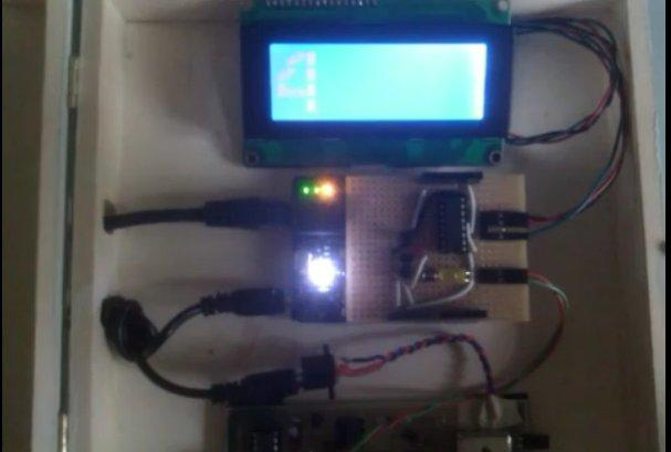 arduino-ms The DIY Geiger Counter That Automatically Tweets Its Readings