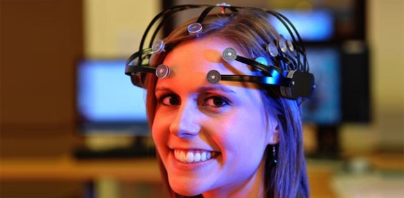 mynd1 Thought: EEG Headset Utilizes Dry Wireless Technology for Gaming and Neuromarketing