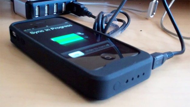powerskin-review Review: iPhone 4 PowerSkin battery pack
