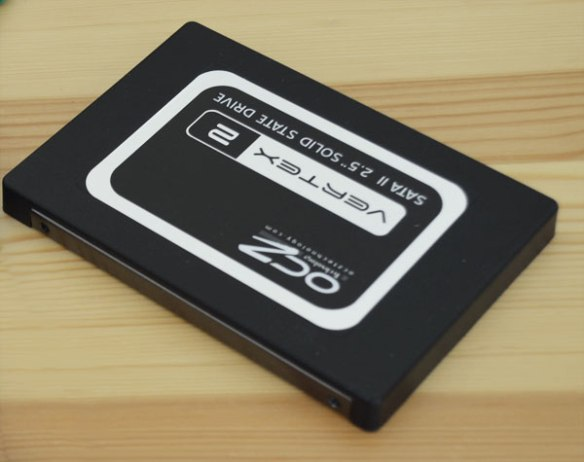 ocz-2 MacBook Pro Lion OCZ SSD VS. 7200 RPM Seagate Bootup Comparison