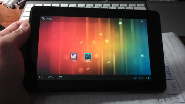 kf-640x361 Amazon Kindle Fire Runs Ice Cream Sandwich