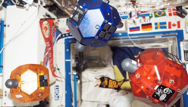 nasa-android-robots NASA Developing Android Powered Helper Robots Inspired By Star Wars (Video)