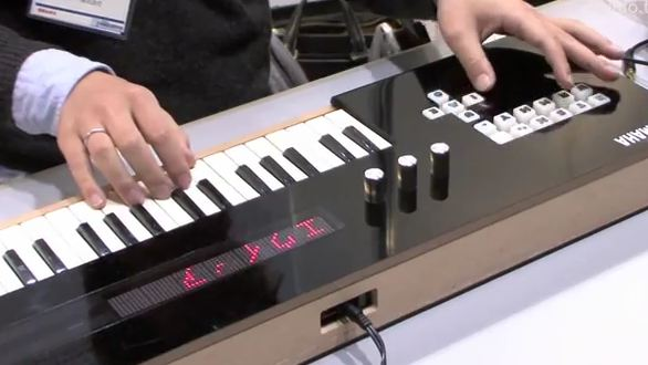 "120322-yamaha Yamaha Vocaloid Keyboard ""Plays"" Vocals (Video)"
