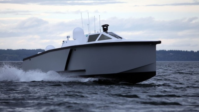 120410-zyvex2-640x359 Piranha Predator Drone Boat Made of Nano-enhanced Carbon (Video)