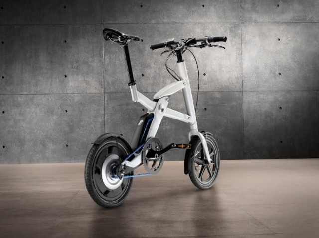 120615-bmw2-640x478 BMW i Pedelec Folding Pedal-Electric Bicycle Announced