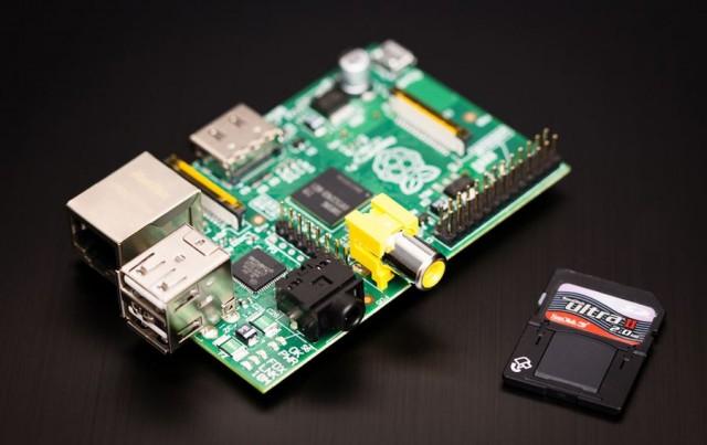 120719-rasp-640x403 Raspberry Pi Microcomputer Gets First Raspbian SD Card Image