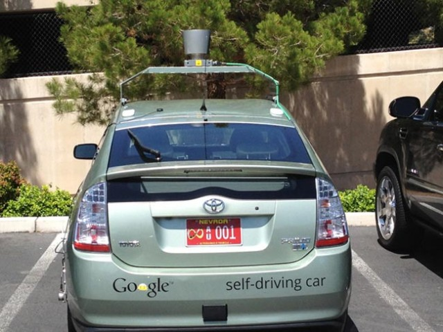 googlecar-640x480 Google's Self-Driving Car Makes Its Way To California