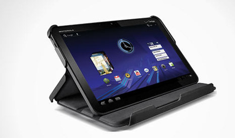 motorola-xoom-1  Unlocked 3G-Enabled Motorola Xoom Android Tablet for Half-Price