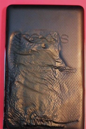 121113-nexus7 Nexus 7 Tablet Explodes, Melts, Looks Like Horse