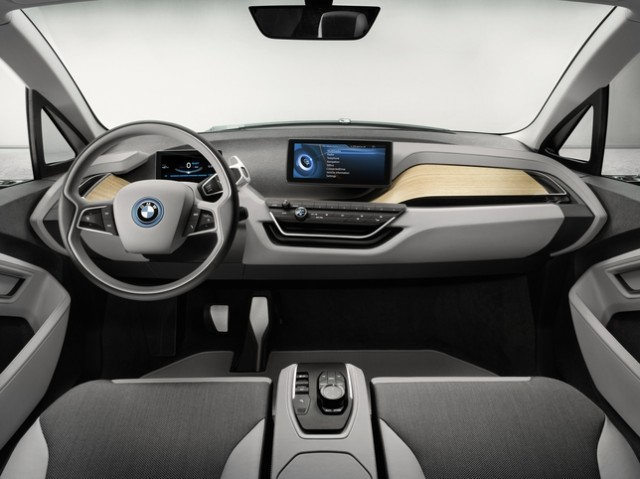 121129-bmw1-640x479 BMW i3 Plug-In Electric Concept Car