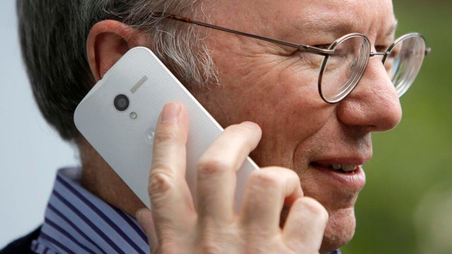 moto-x Moto X: Friends and Family of Motorola Employees Can Get it For Free - Sort Of
