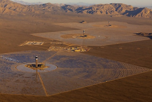 ivanpah-solar-13 Ivanpah Solar Power Facility (Photos)