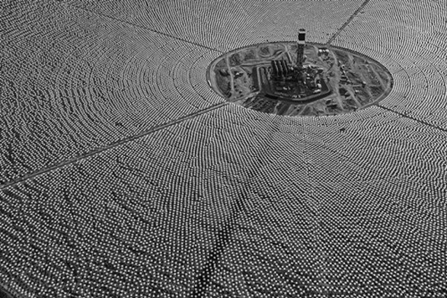 ivanpah-solar-21 Ivanpah Solar Power Facility (Photos)