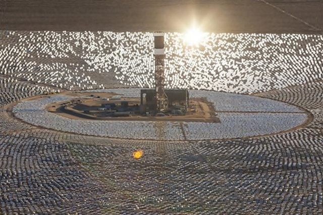 ivanpah-solar-7 Ivanpah Solar Power Facility (Photos)