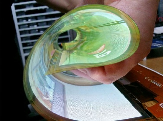 flexible-rollable-oled_02 LG Introduces A Very Flexible 18-Inch Display