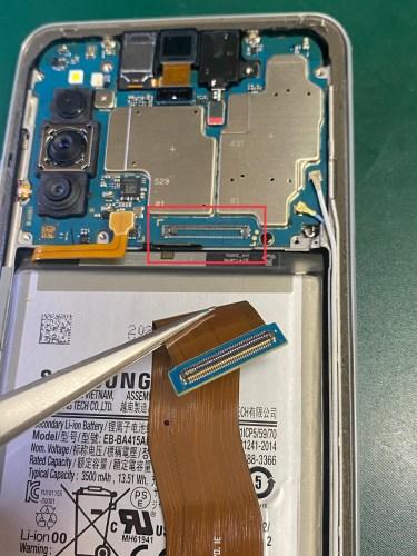 Galaxy A41 充電できない 基板修理