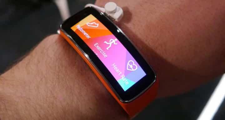Jak połączyć Galaxy Gear Fit z innymi smartfonami?