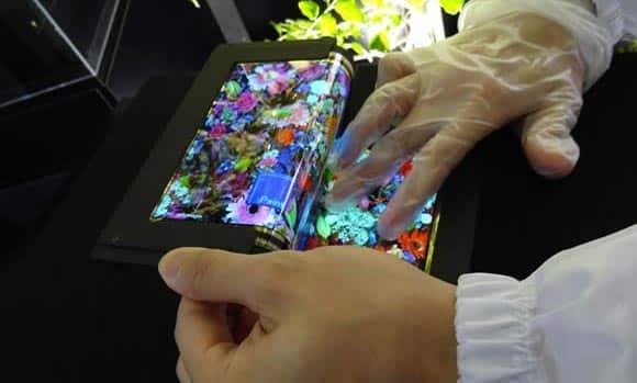 Semiconductor Energy Laboratory prezentuje innowacyjny panel OLED
