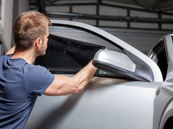 Fixing Bad Installation of Mobile Window Tint in Fresno, California