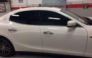How Mobile Window Tinting in Laredo, Texas Can Help You