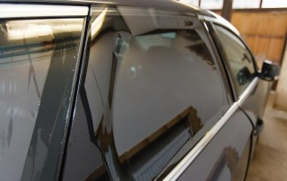 Top 5 Signs That Show You Need Window Tint Replacement