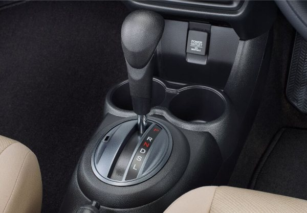 Angsuran november Promo 2019 natal akhir tahun Mobil Honda DP Murah service Simulasi Kredit booking bengkel cicilan oktober soekarno hatta daftar harga dealer servis Brio Mobilio HRV CRV BRV
