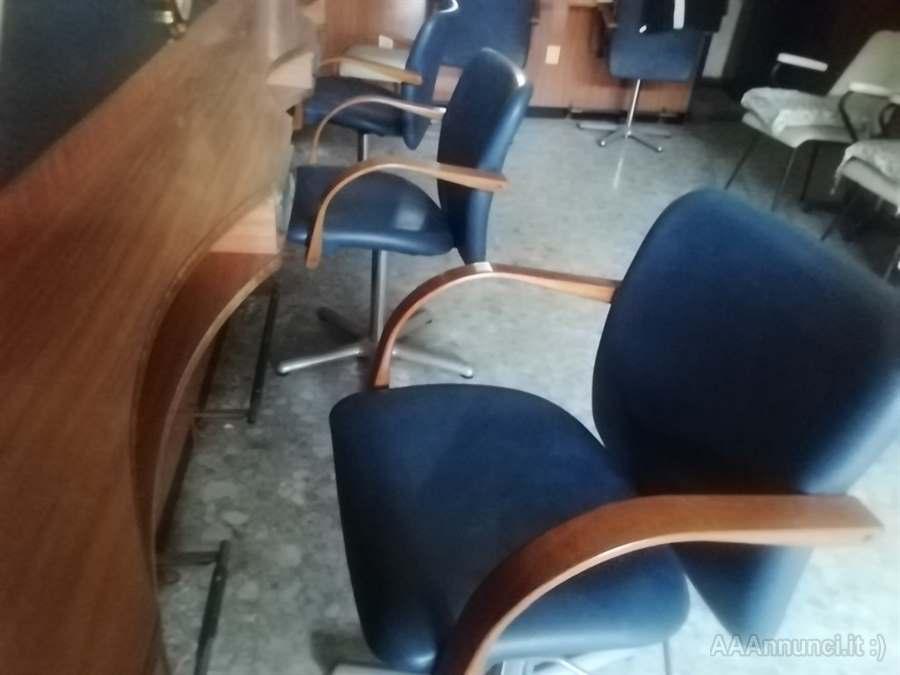 Arredamento completo x salone di parrucchiere usato 4poltrone specchiera lavaggio doppio 2 carrelli cassa divanetto poltrona 3 caschi con. Arredamento Usato Per Parrucchiere In Provincia Di Roma Lazio