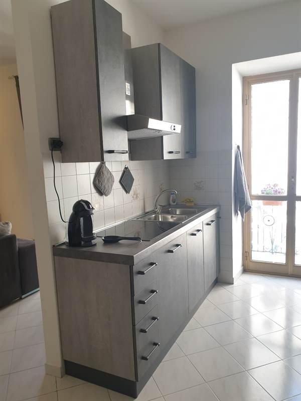 La qualità in base a quanto speso. Cucina Mondo Convenienza Modello Urban Ottimo Stato Roma Lazio