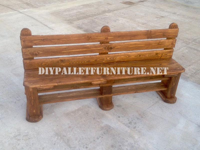 Panca e tavolo realizzati con pallet per il cortileMobili con Pallet  Mobili con Pallet