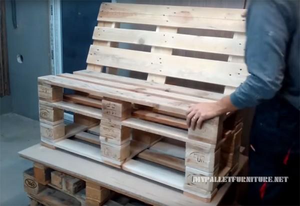 Come realizzare un divano con palletMobili con Pallet