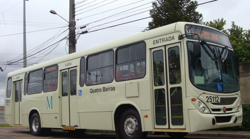 Ônibus Quatro Barras