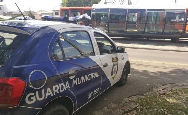 estação-tubo Praça Eufrásio Correia