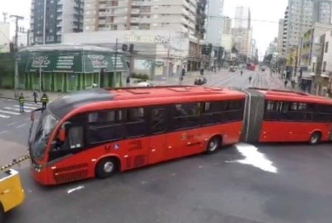Ônibus quebrado Centro de Curitiba
