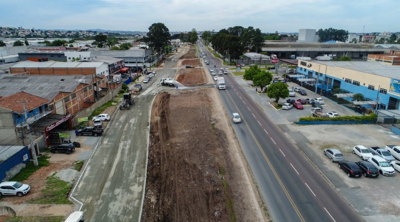 Obras na Avenida Maringá em Pinhais