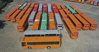 Ônibus Novos Pátio