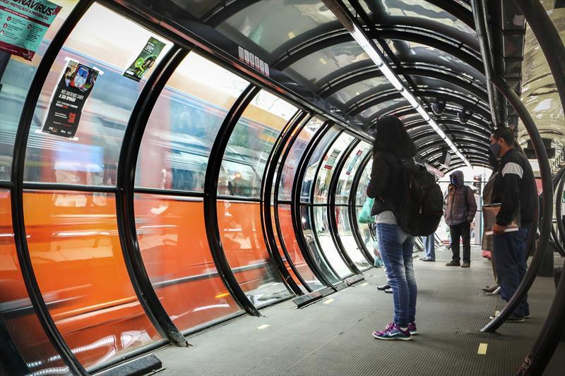 Estação-tubo Curitiba