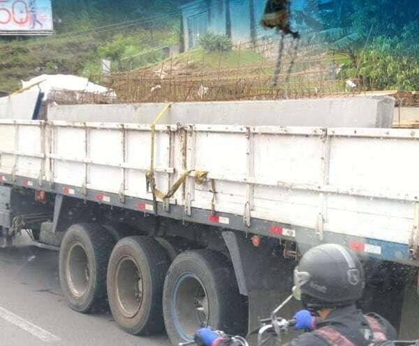 Caminhão com problemas SC-401