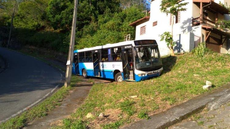 Ônibus Saco dos Limões