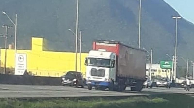 Caminhão BR-101 Palhoça SC
