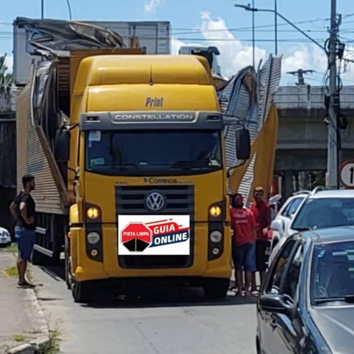 Caminhão Túnel