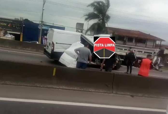 Acidente Veículos Biguaçu