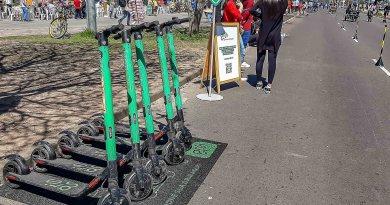 Patinetes e bicicletas