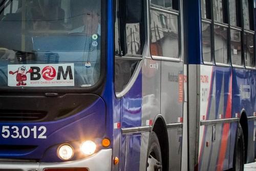 pré-Carnaval EMTU ônibus metropolitanos
