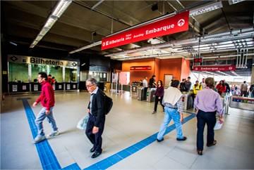 Estação Domingos de Moraes