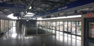 fim de semana plataforma da estação são lucas Linha 15-Prata