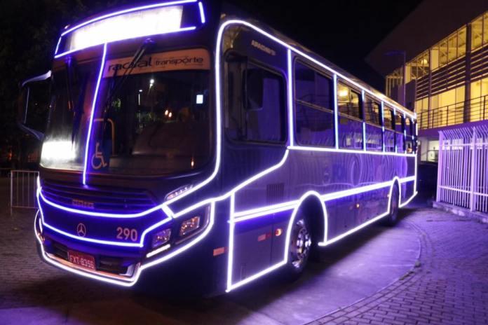 ônibus natalino da radial