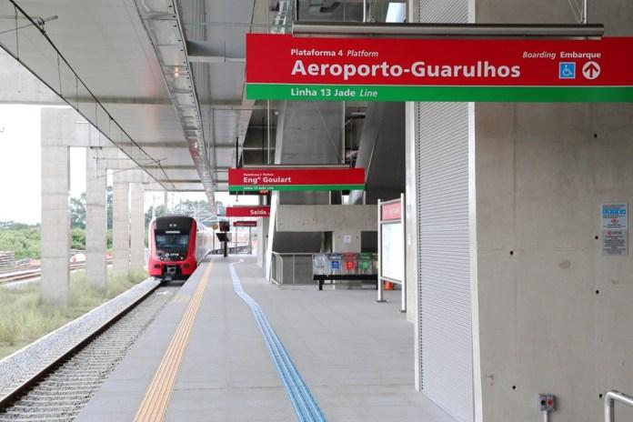 Linha 13-Jade Plataforma da Estação Engenheiro Goulart