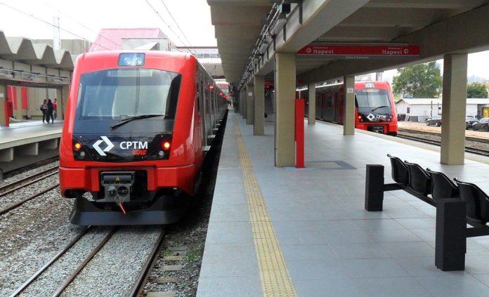 Trens da Linha 8-Diamante
