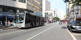Faixas exclusivas de ônibus
